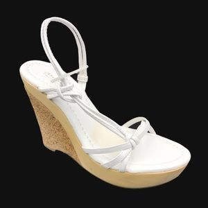 DELICIOUS Evil White Sandal w Wood & Cork Wedge